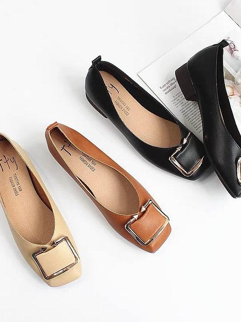 百搭方釦平底鞋