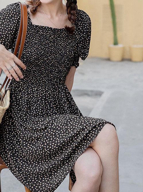 SH901 方領收腰氣質連衣裙