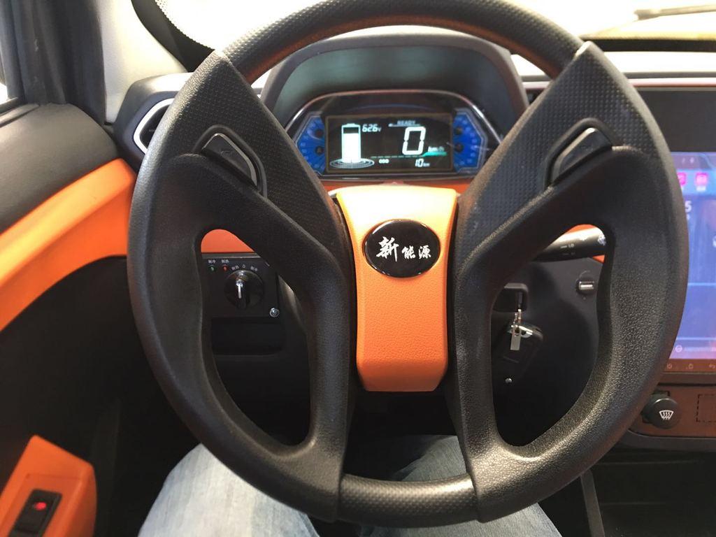 e-auto xs8 (4)