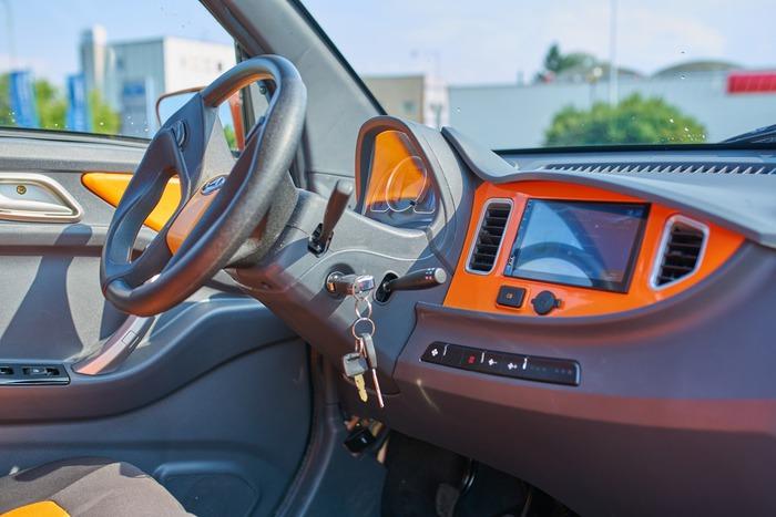 elektromobil tiger 4
