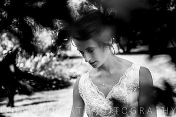 Ashley | Bridal Portrait | Wedding Day Contemplativeness