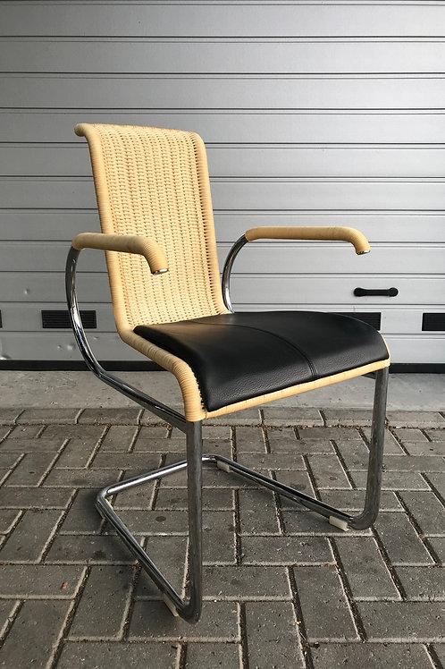 4 Tecta D22i stoelen