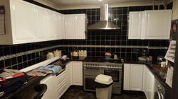 Kitchen Wrap in Gloss White