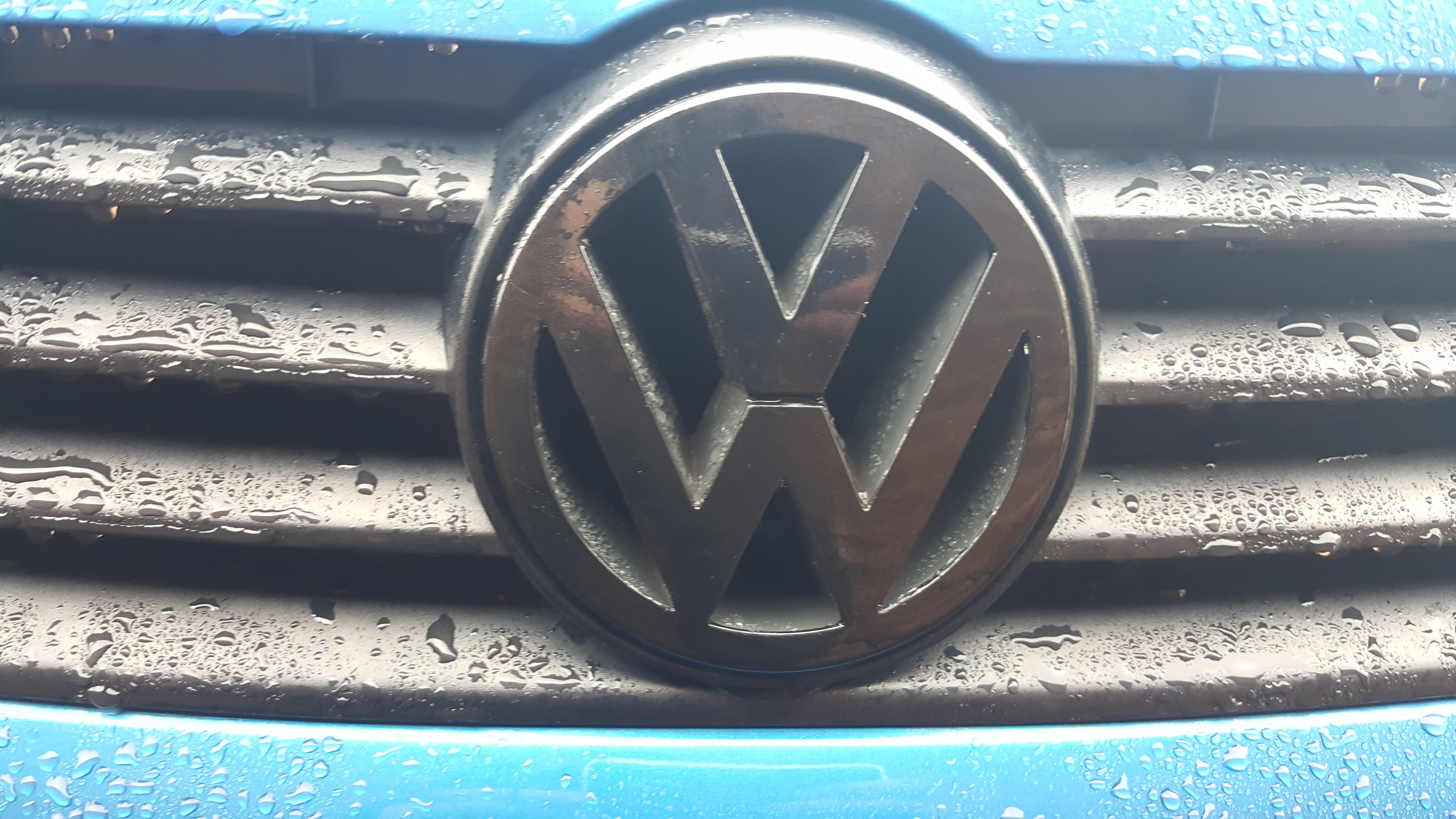 Front Volkswagen Badge Wrap