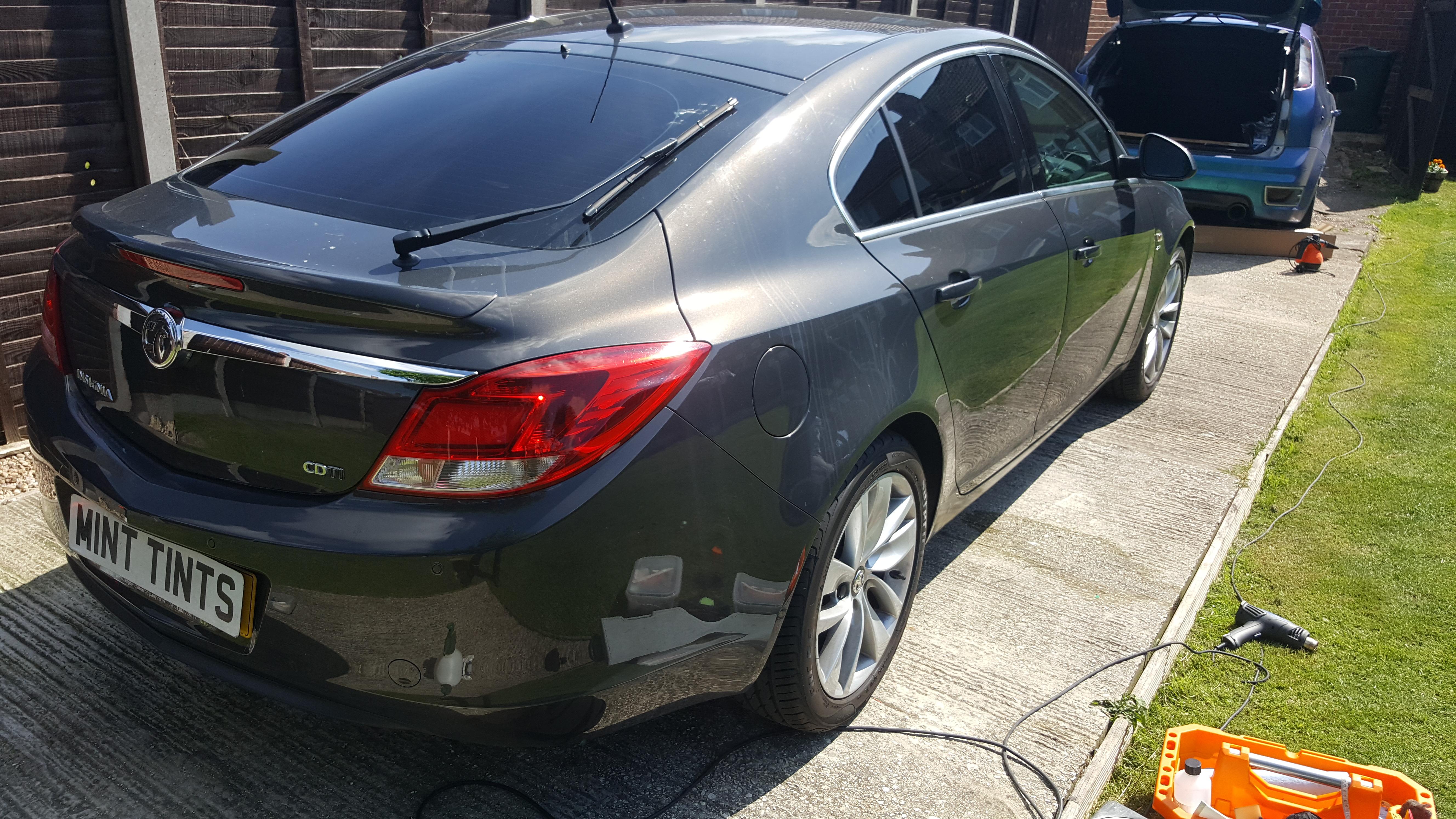 Vauxhall Insignia - 5% Limo Black