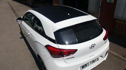 Hyundai i20 - Carbon Fibre Roof Wrap