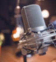 microphone-3769543_1920.jpg