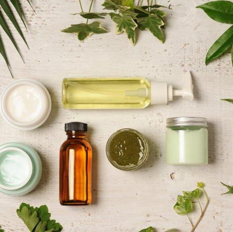 13 dermatologistas dão dicas de ouro para acabar com a acne e a oleosidade