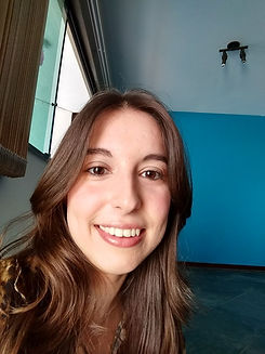 Foto Marcela - depoimentos 3.jpg