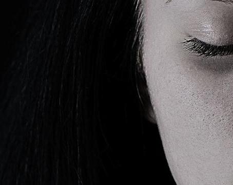 Dermatologista tira dúvidas sobre rejuvenescimento e cuidados com a pele
