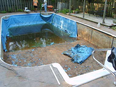 A swimming pool before a new Tara Vinyl Liner was installed.