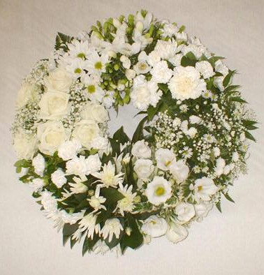 White cluster wreath