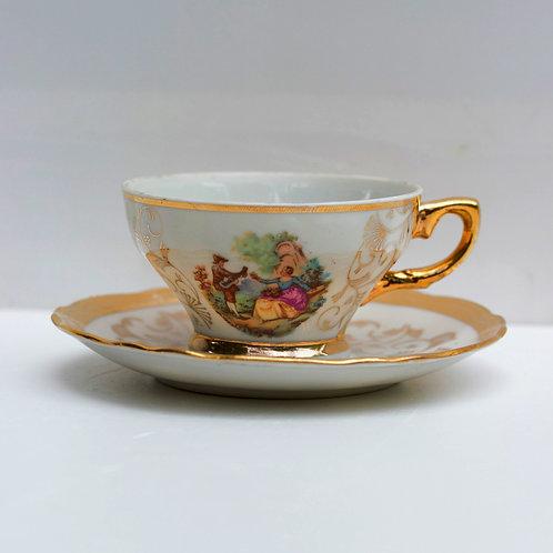 İtalyan dönem fincan ve tabağı