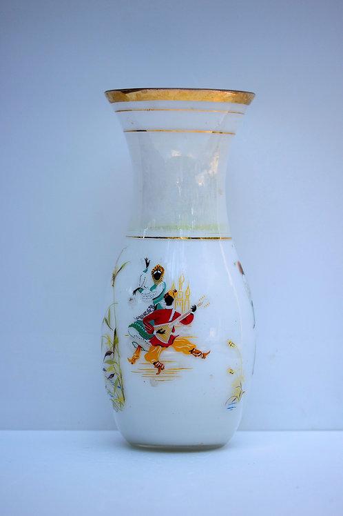 60 lardan Fransız Opal Vazo