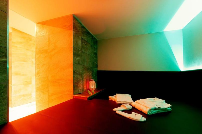 27 relax room.jpg