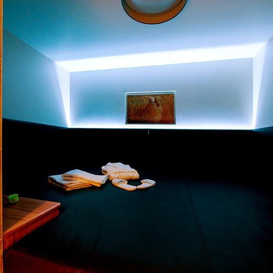 20 relax room.jpg