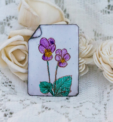 Hand painted pin - Violets