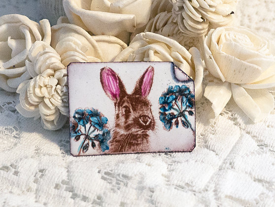 Hand-painted jewelry - Bunny Pin