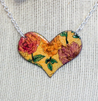 Puff heart necklace - Roses on coral