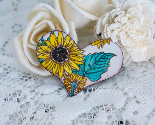 Puff heart pin - Sunflower on cream