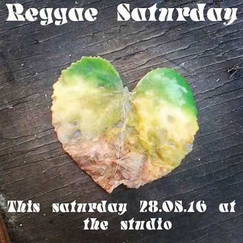 Bringing a summer vibe to the studio tomorrow #reggaevibes#easysaturday#dub#dancehall#bigbass