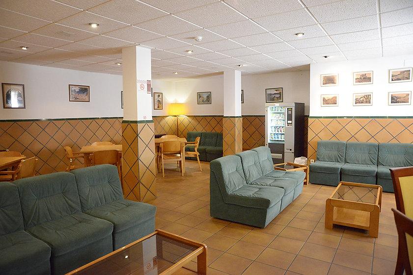hotel-castellote-sala-estar-7.jpeg