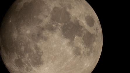 11-luna.jpg
