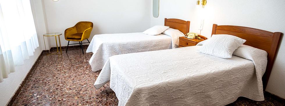 hotel_roig_habitaciones_03.jpg