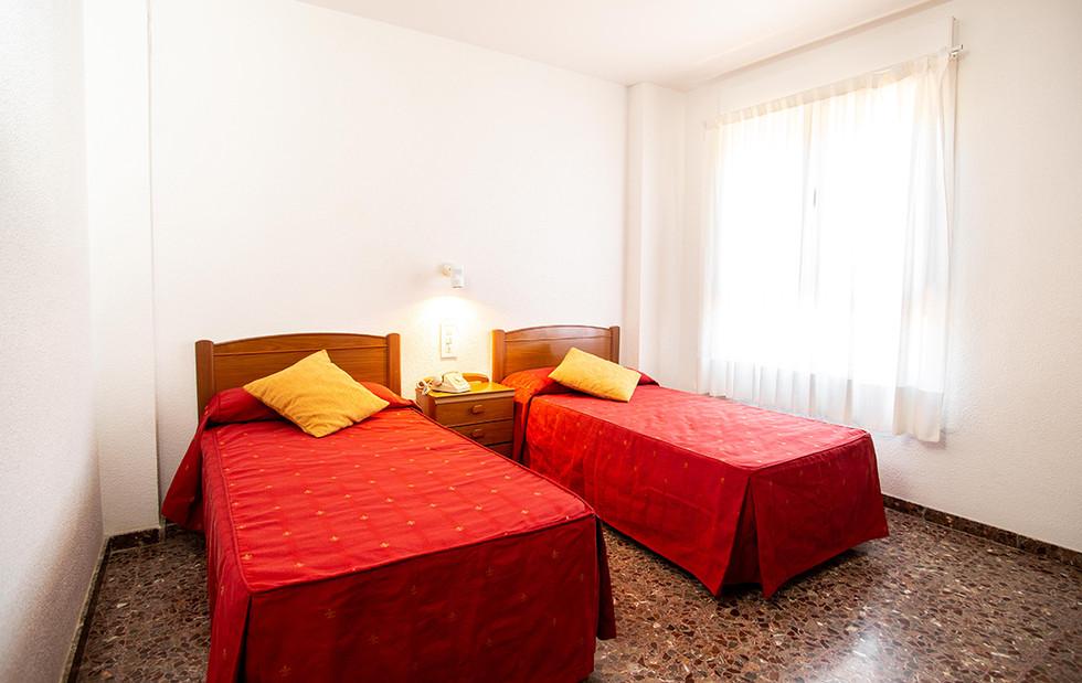 hotel_roig_habitaciones_05.jpg