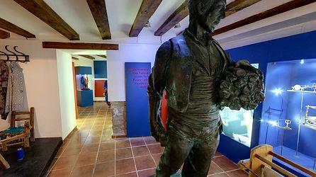 23-museu faixa.jpg