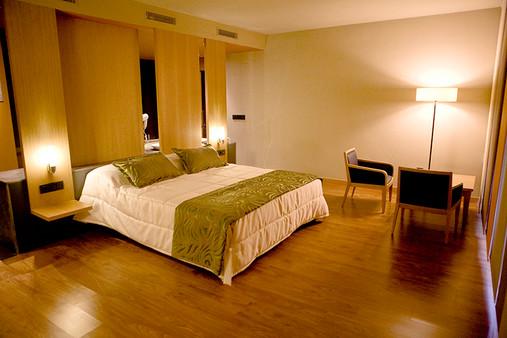 El Faixero suite Jacuzzi triangular