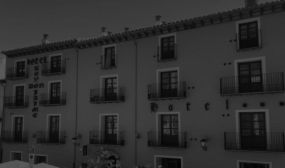 Hotel_rey-don_jaime_fachada_portada.jpg