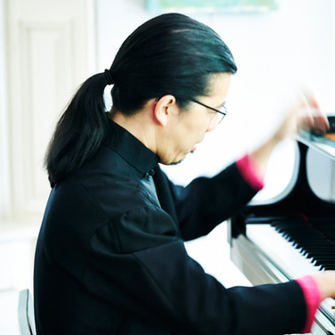 Frederic Chiu at Piano, photo Chris Craymer