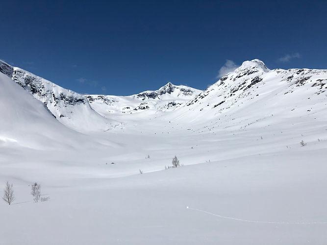 Okstindan vinter2.jpg