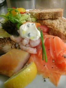 smoked seafood platter.jpg