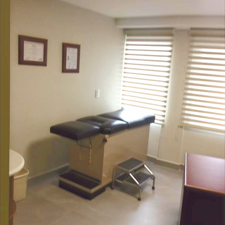 Interior Consultorio Dr. Salvador Arreola