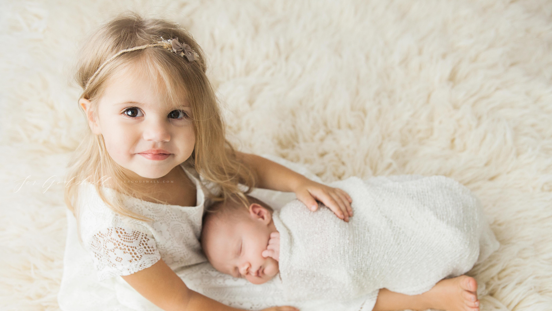 Big sister | sarasota newborn photographer