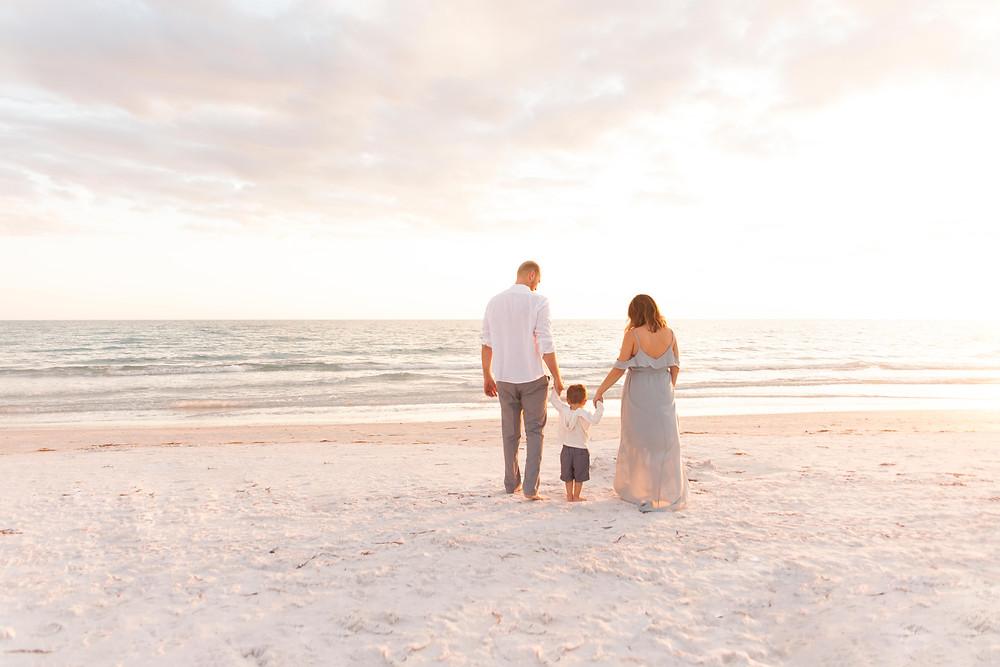 Siesta Key beach  family session | Sarasota Newborn Photographer | Sarasota Maternity Photographer