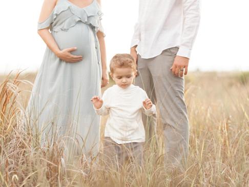 SAM + AJ'S GLIMPSE | SARASOTA MATERNITY AND NEWBORN PHOTOGRAPHER
