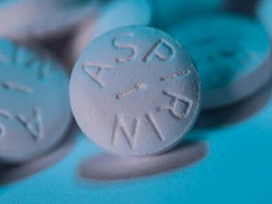Daily Aspirin Can Lower Colon Cancer Risk, But Age Matters