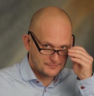 Nie obyło się bez autoironii - wywiad z Piotrem Wawrzeniukiem