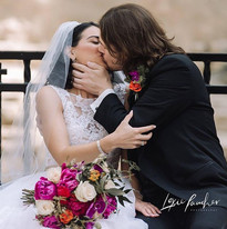 Now THAT's a kiss!  It must be the flowe