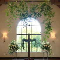 Beautiful ceremony flowers at @thelaurel
