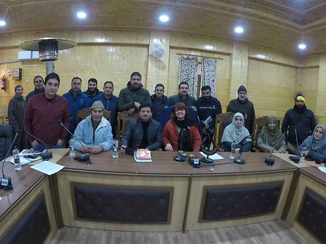 Group Photo Bandipora.JPG