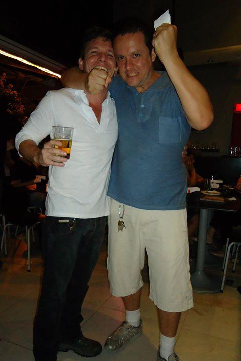 Esse cara é meu parceiro na área musical... Em 2006 formamos o SANATORE