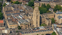 Bristol University.png