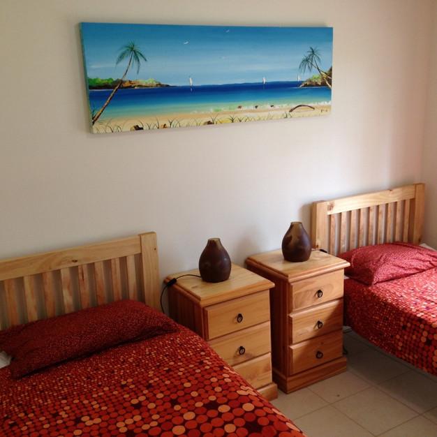 Cabernet Cottage bedroom 2