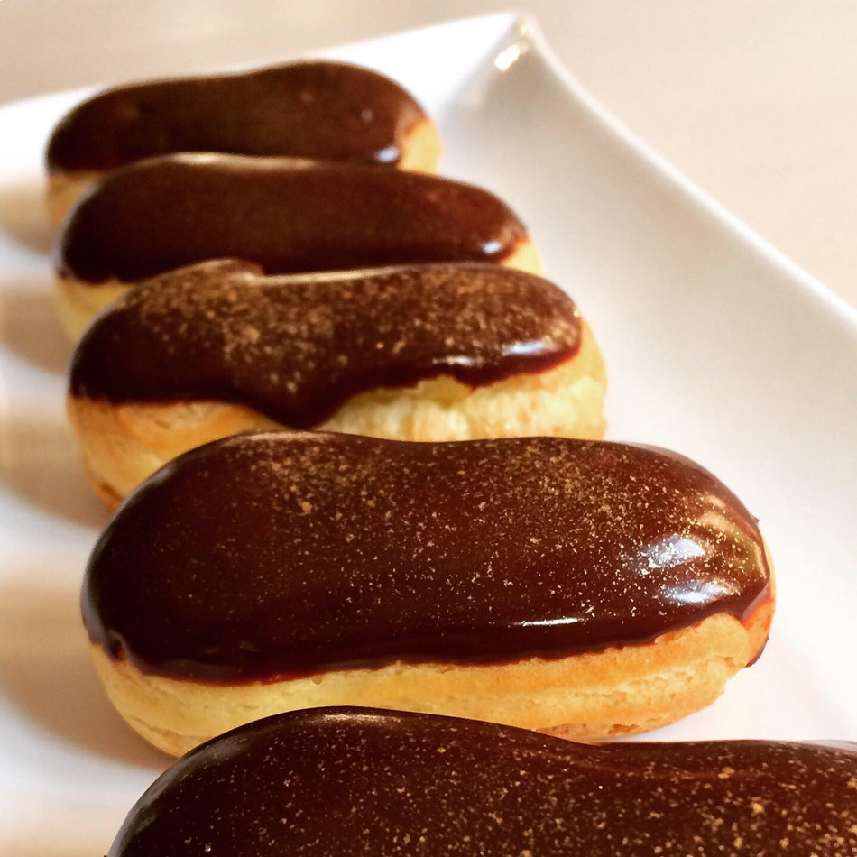 Mini Vanilla Éclairs with a Chocolate Glaze