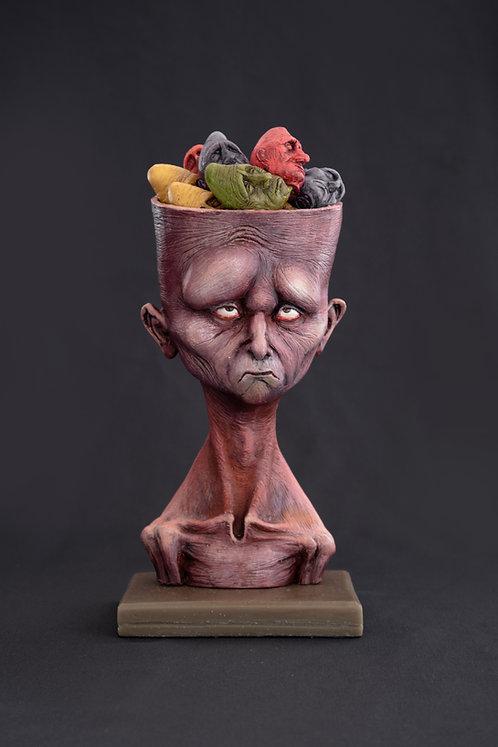 PRÉ-VENDA  -  homem lotado de referências (...)  - escultura colecionável
