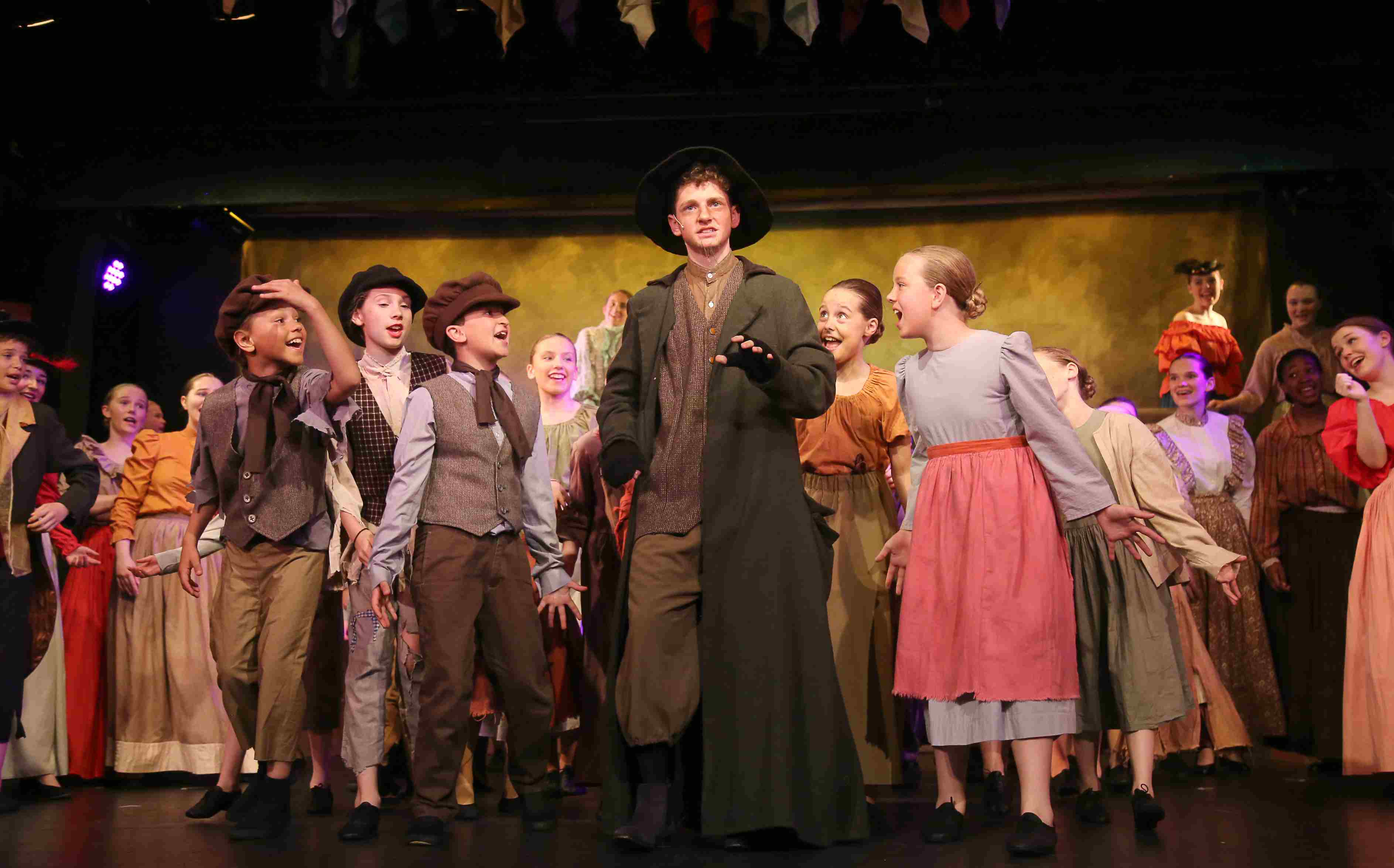 Image Fagin and children from Oliver